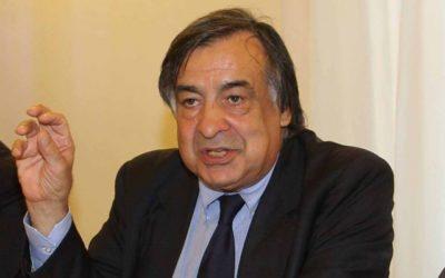 """Leoluca Orlando: """"Denuncerò alla Procura della Repubblica di Palermo l'ignobile mercato della migrazione"""""""
