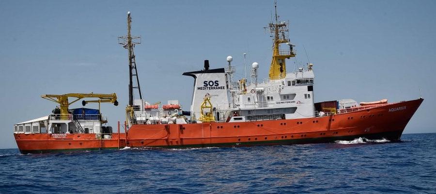 UNHCR: portare a terra i passeggeri dell'Aquarius, affrontare successivamente questioni più ampie