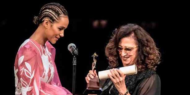 جائزة الجمهور في الدورة الـ 41 لمهرجان القاهرة السينمائي الدولي إلى فيلم «إحكيلي» لماريان خوري