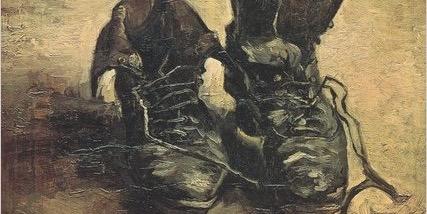 يكتب عن الكأس الأخير وعن أحذية المنفيّين